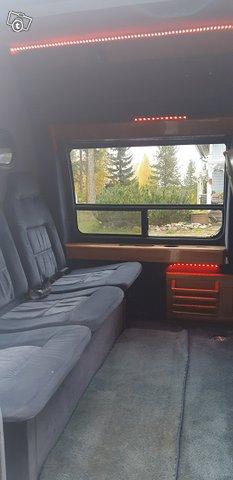 Chevrolet Van 8