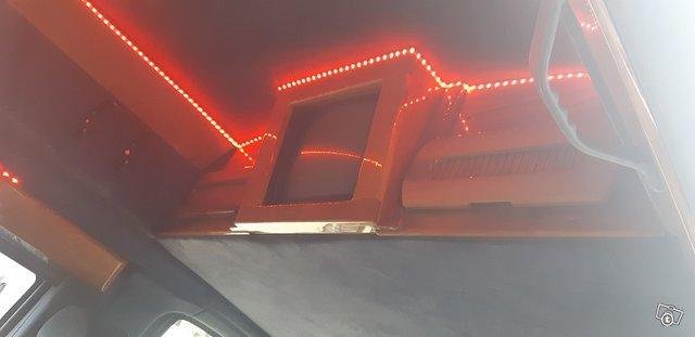 Chevrolet Van 9