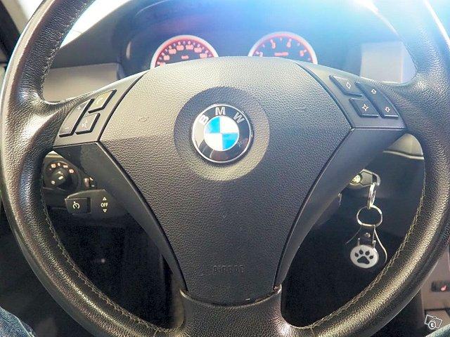 BMW 523 24