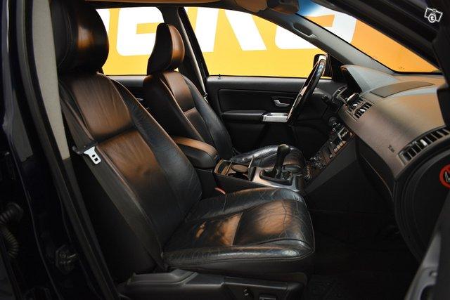 Volvo XC90 11