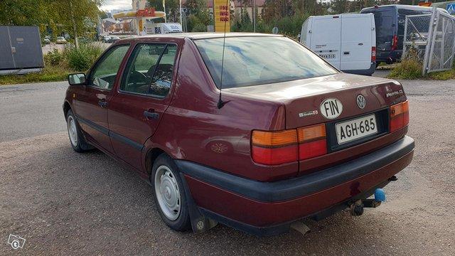 Volkswagen Vento 5