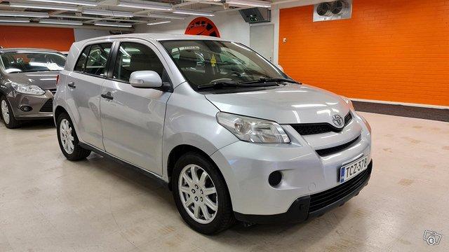 Toyota Urban Cruiser 5