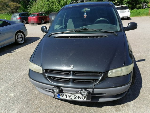 Chrysler Voyager-sarja 2
