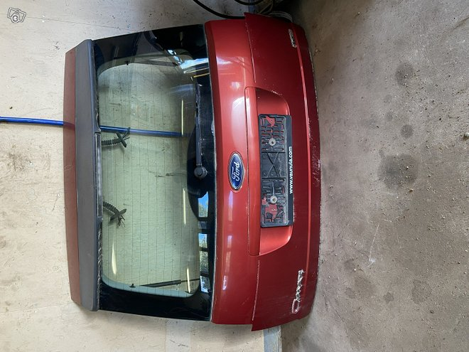 Ford C-Maxin paksinluukku