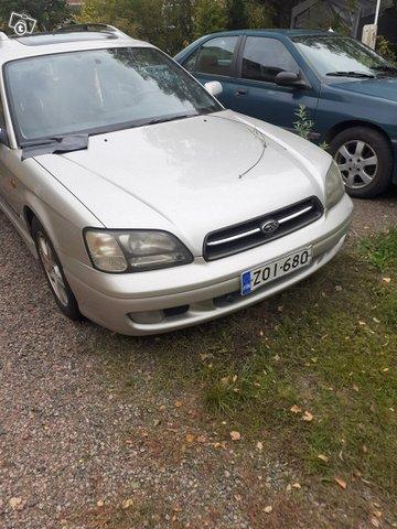 Subaru Legacy, kuva 1