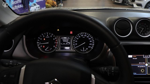 Suzuki Vitara 14
