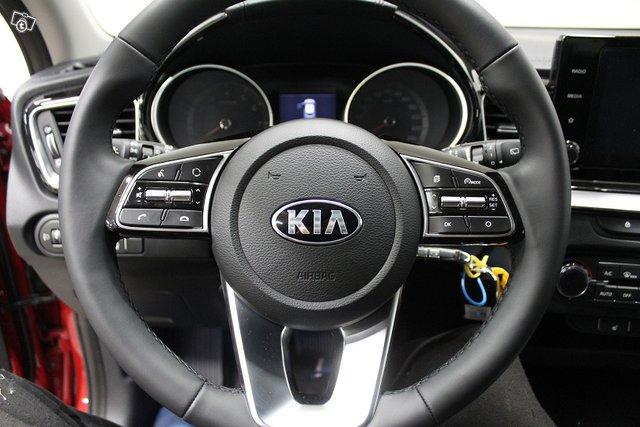Kia XCeed 14