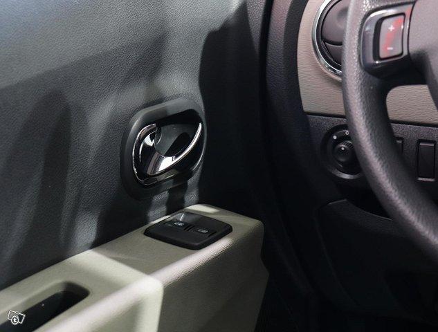 Dacia Lodgy 15