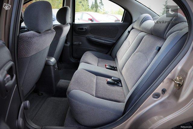 Chrysler Neon 14