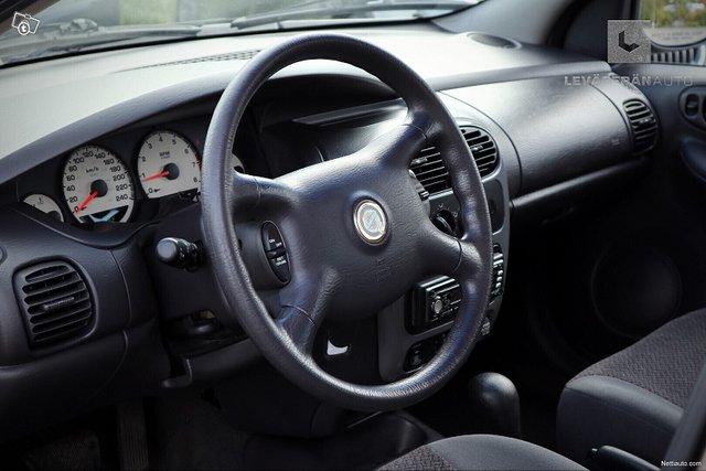 Chrysler Neon 17