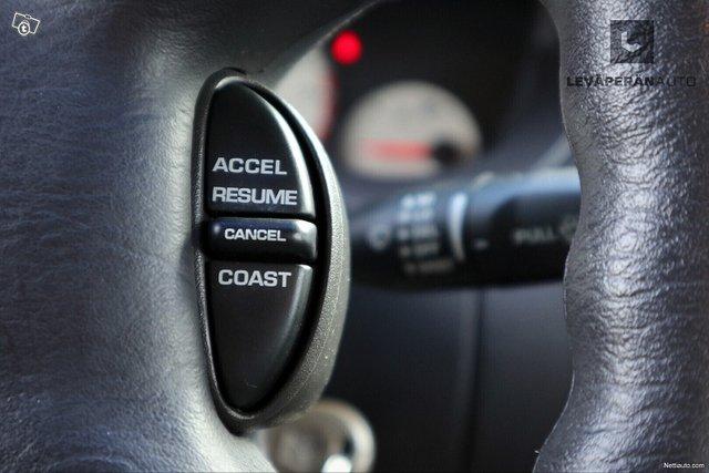 Chrysler Neon 18