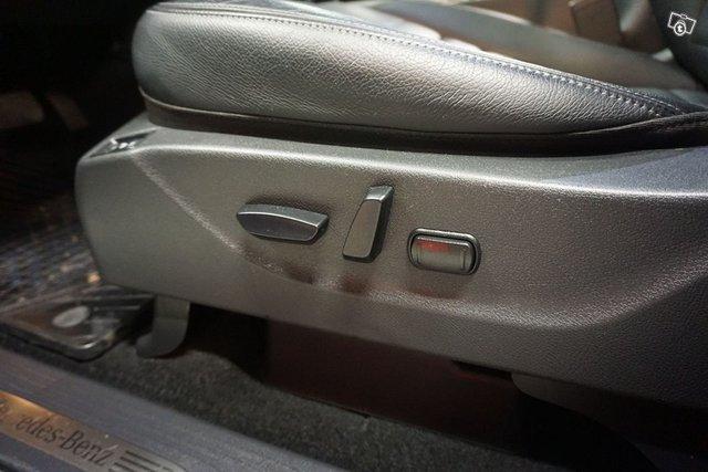 Mercedes-Benz X 16