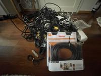 Kaapelit- ja adapterit mm. PC, Apple, Video, Audio