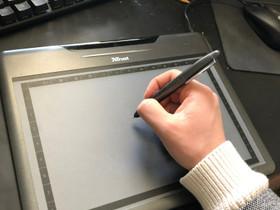 Trust widescreen tablet (piirto taso), Oheislaitteet, Tietokoneet ja lisälaitteet, Jyväskylä, Tori.fi
