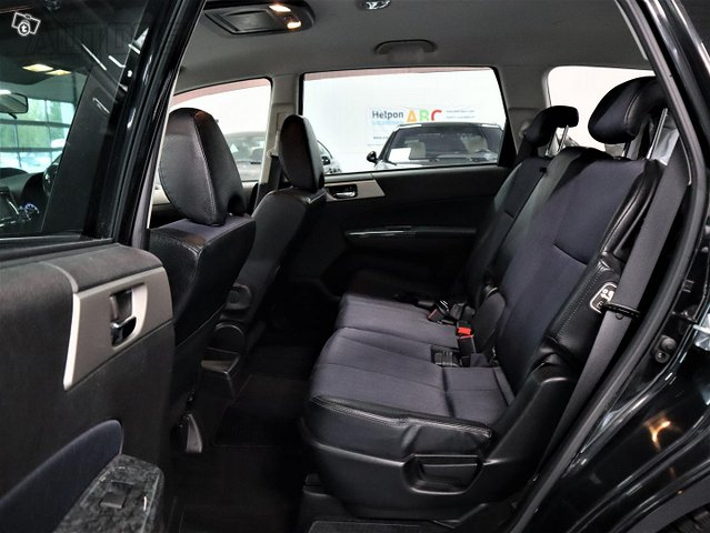 Subaru Exiga 9