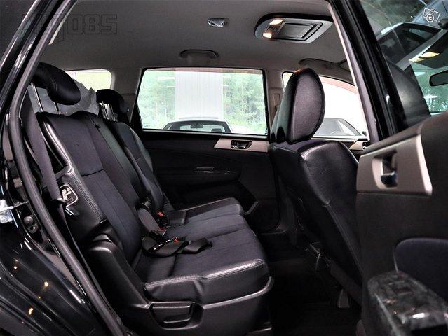 Subaru Exiga 10