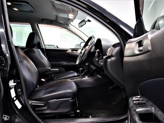 Subaru Exiga 11