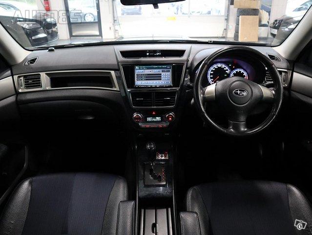 Subaru Exiga 13