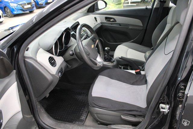 Chevrolet Cruze 15