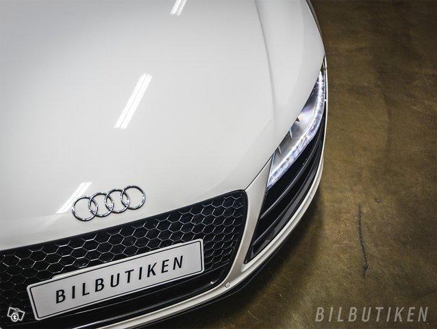 Audi R8 12