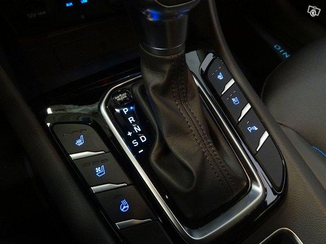 Hyundai Ioniq Hybrid 19