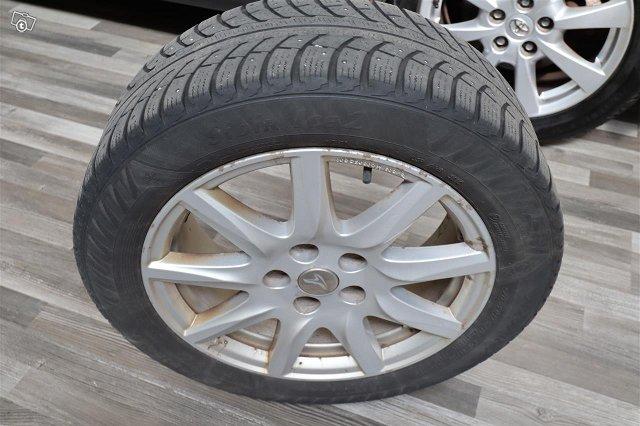 Toyota Avensis 18