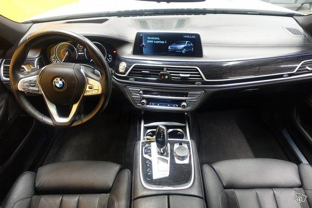 BMW 740 11