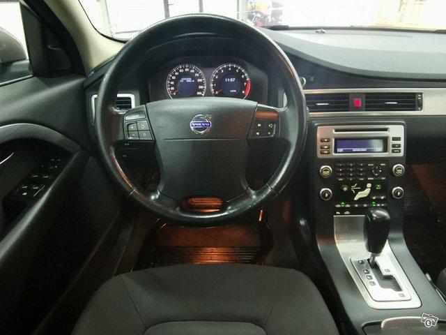Volvo S80 11