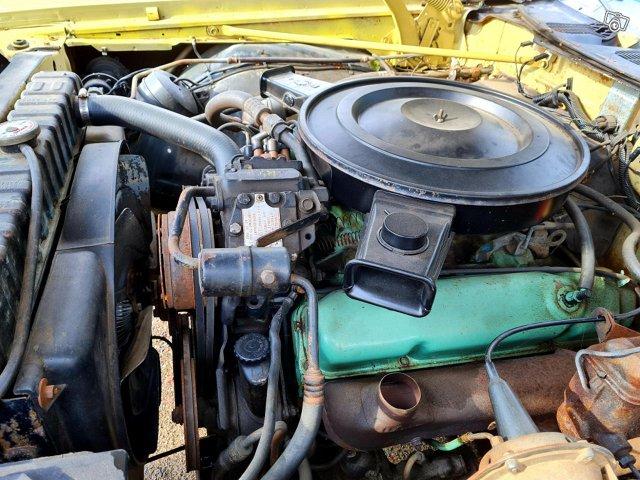 Chrysler Newport 10