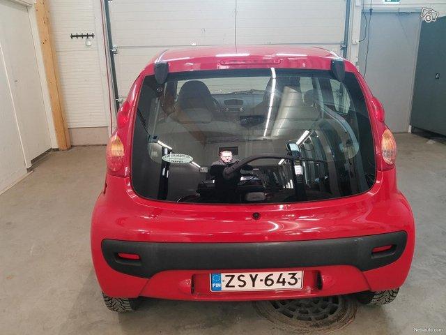 Peugeot 107 5