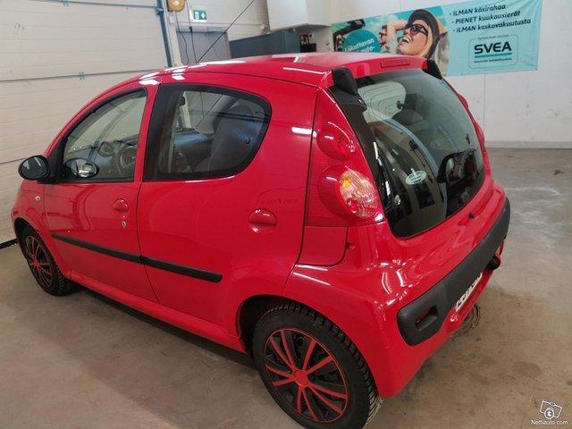 Peugeot 107 6