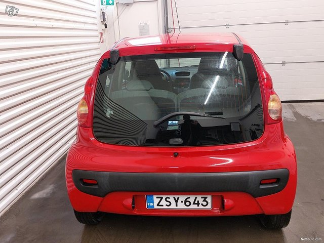 Peugeot 107 18