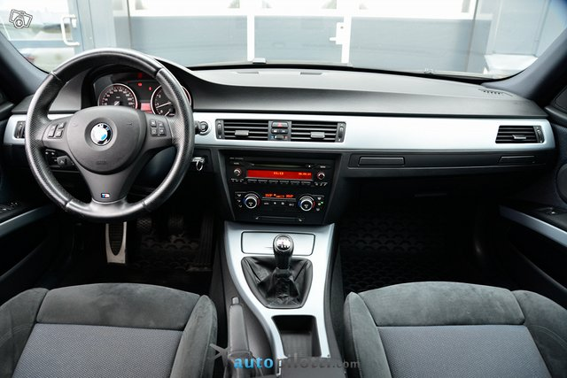BMW 325 17