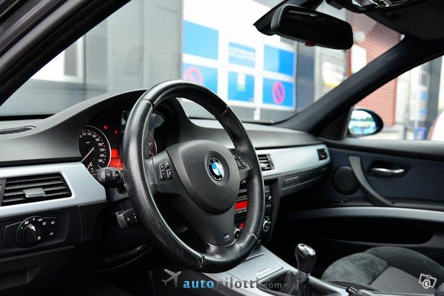 BMW 325 19