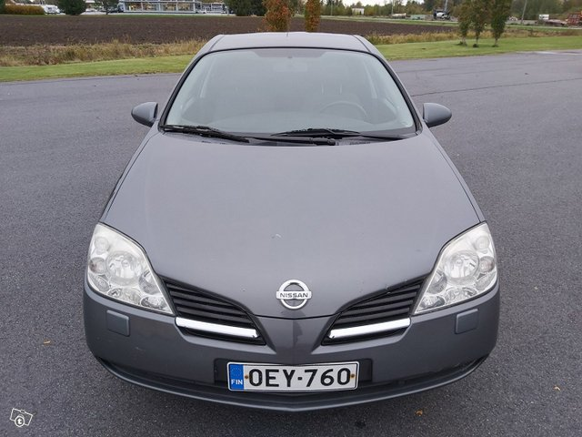 Nissan Primera 7