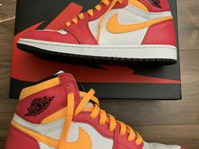 Jordan 1 High Light Fusion Red, Vaatteet ja kengät, Hämeenlinna, Tori.fi