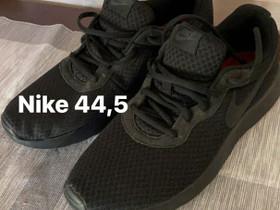Uudet Nike kengät 44,5, Vaatteet ja kengät, Sotkamo, Tori.fi