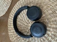 JBL kuulokkeet