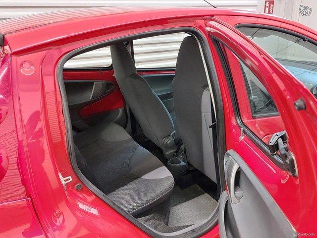 Peugeot 107 12