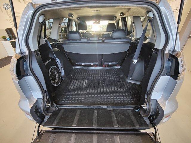 Mitsubishi Outlander 18