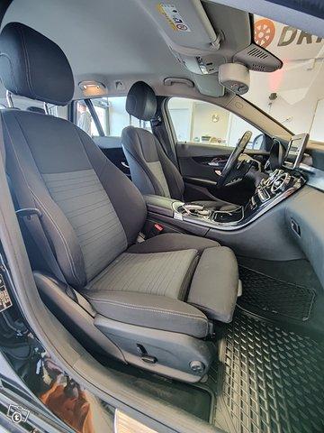 Mercedes-Benz C 13