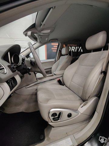 Mercedes-Benz ML 13