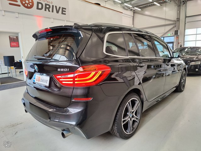 BMW 220 Gran Tourer 7