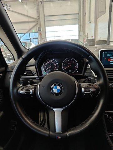 BMW 220 Gran Tourer 11