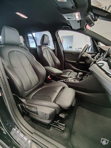 BMW 220 Gran Tourer 14