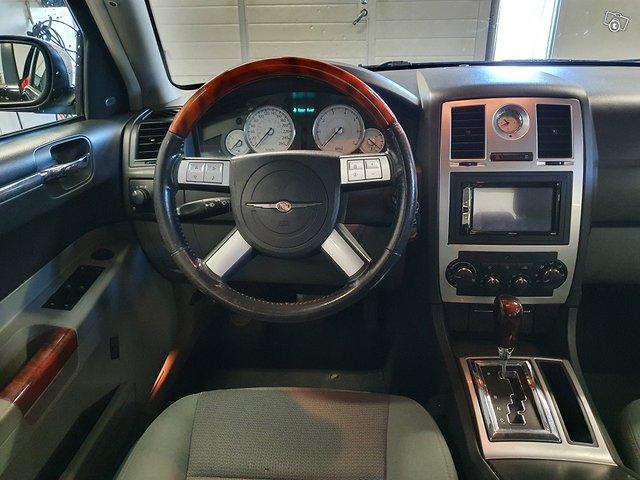 Chrysler 300C 7