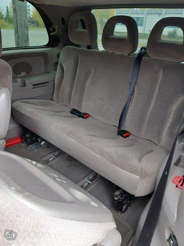 Chrysler Voyager-sarja 12