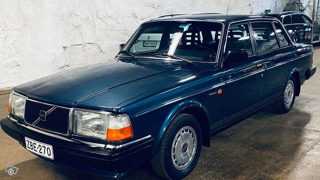 Volvo 240, kuva 1