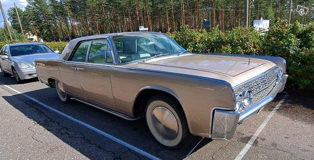 Lincoln Continental 4
