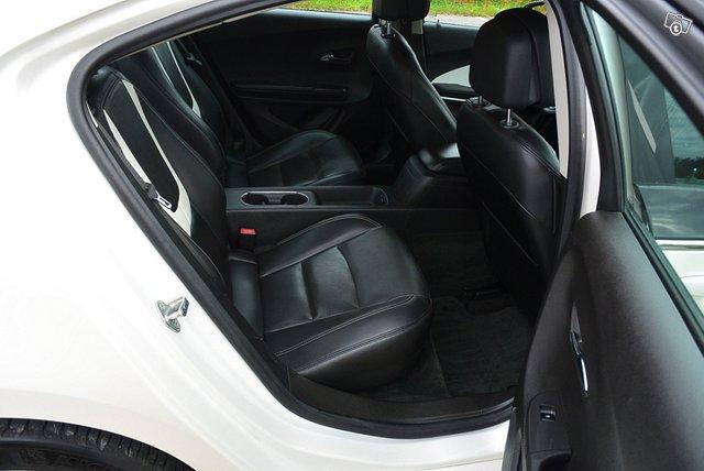 Opel Ampera 11